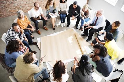 Teamarbeit im Stuhlkreis
